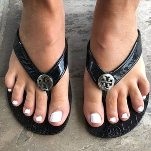 Tory Burch Leather Monroe Thong Sandals - Size 8